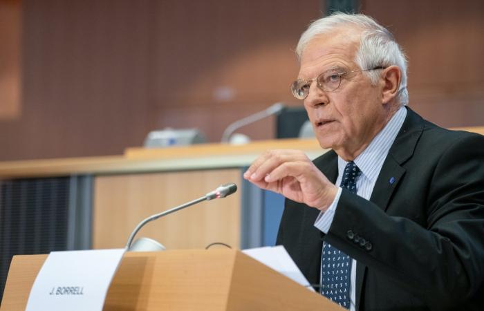Borrell holds telephone conversation with Bayramov and Mnatsakanyan