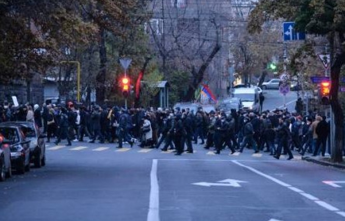 Armenian opposition launches civil disobedience