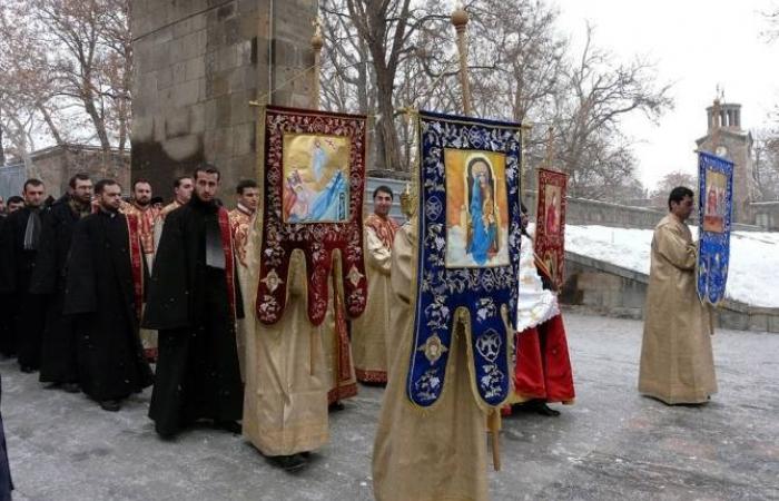 Armenian Church celebrates Christmas