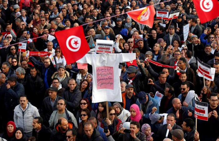 Tunisia's institutions head towards a dangerous deadlock