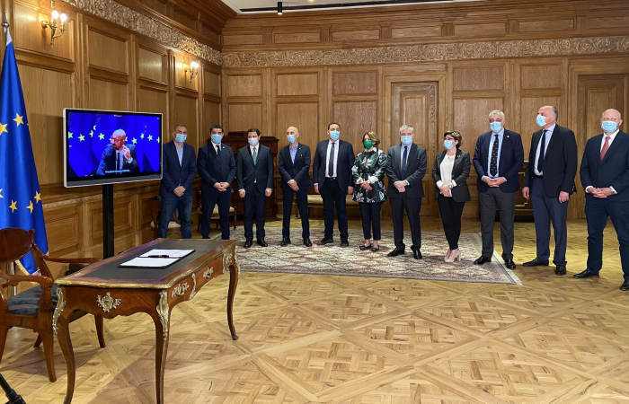 Michel in Tbilisi after Georgian government and majority of opposition parties sign EU-brokered deal to end political crisis