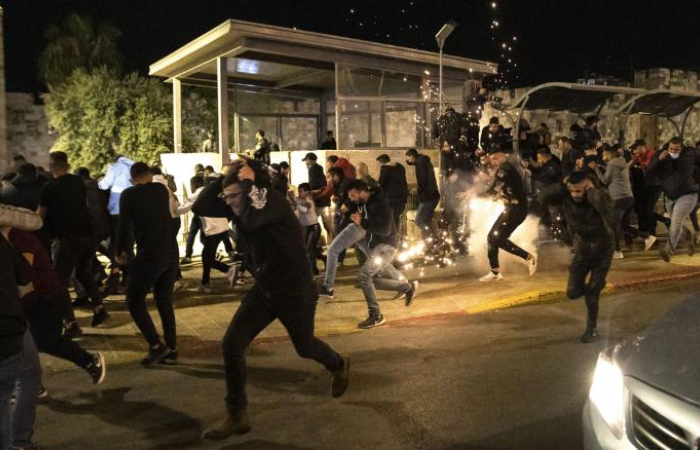 Appeals for calm after clashes in Jerusalem