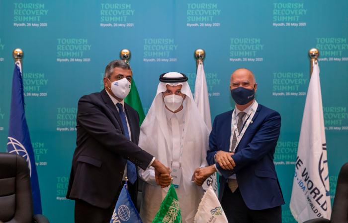 Saudi Arabia hosts travel industry summit