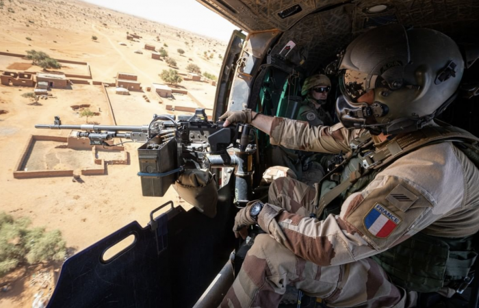 France suspends military co-operation with Mali