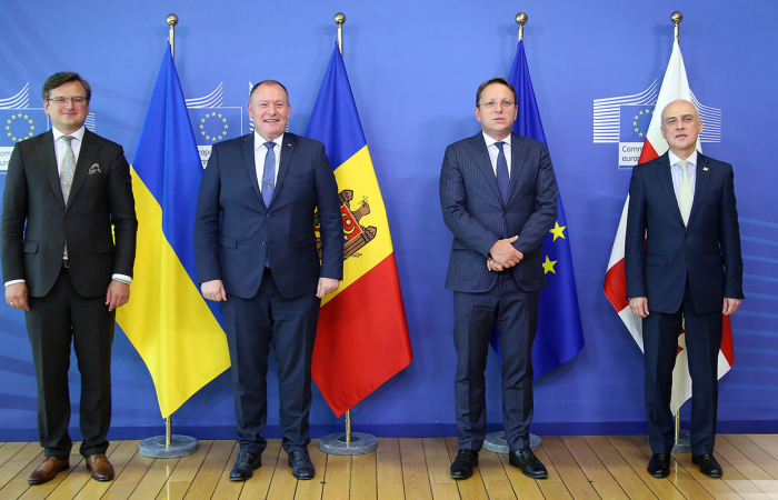 EU signals new intensity in relations with the countries of Eastern Partnership and Central Asia, but 3 want more