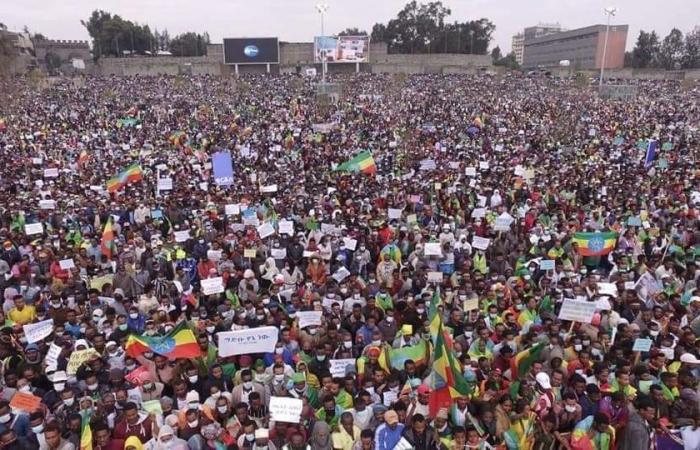 Ethiopians celebrate second filling of controversial Nile dam