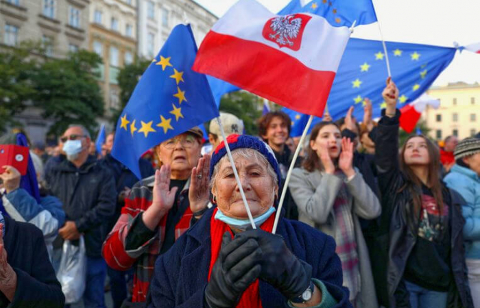 Poland ratifies judgment on precedence of Polish law over EU law