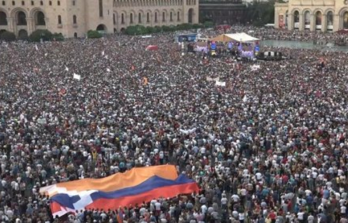 Pashinyan postpones visit to US to vote in Yerevan Council elections