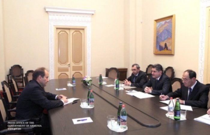 Armenian PM happy with level of military technical co-operation with Russia