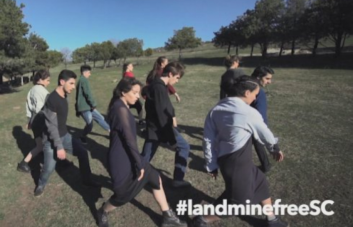 "Tbilisi Street Theatre performs mime ""Solidarity with the victims of landmines"""