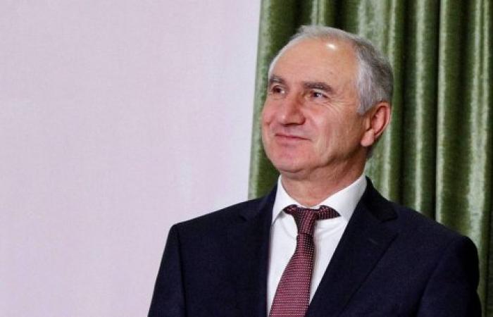 Bgamba to act as president in Abkhazia after Khajimba's resignation