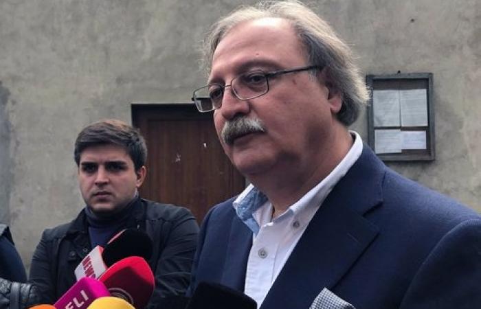 Georgian opposition candidate Grigol Vashadze met Patriarch Ilya II