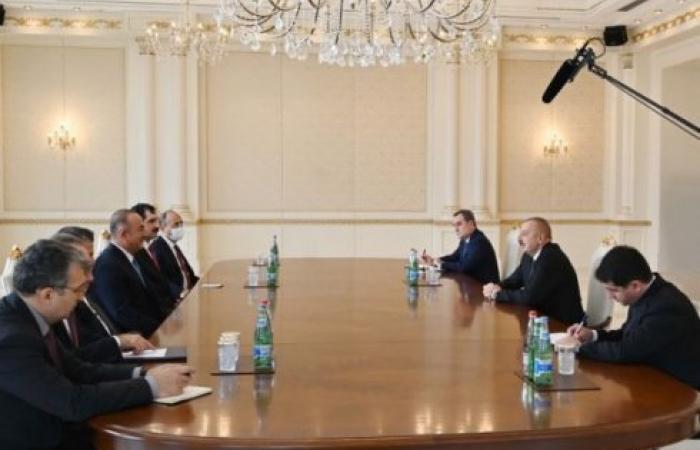 Cavusoglu in Baku on a surprise visit