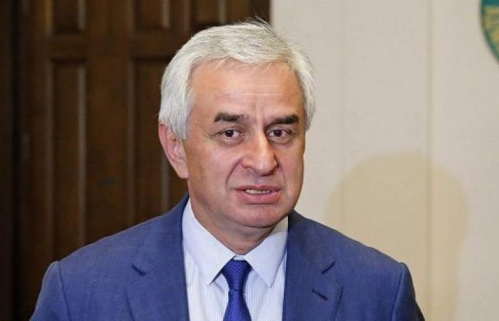 Khajimba re-elected as leader in Abkhazia
