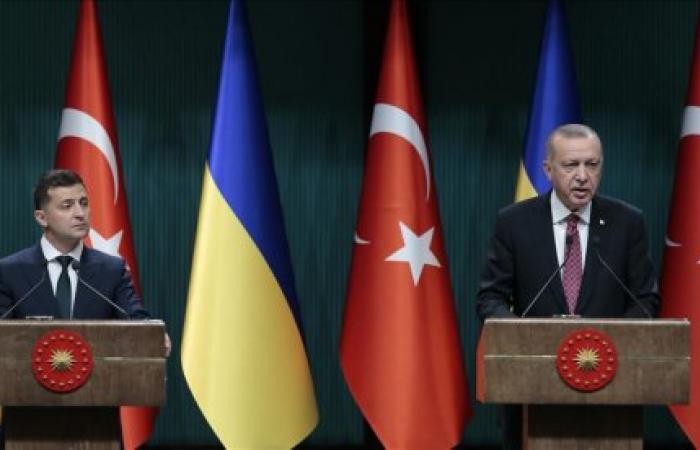 Izvestia: Turkey walking a tightrope between Russia and Ukraine